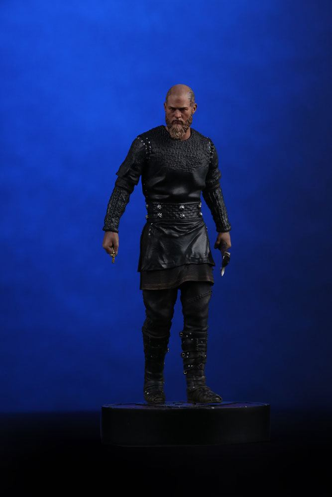 Vikings Statue 1/9 King Ragnar 23 cm