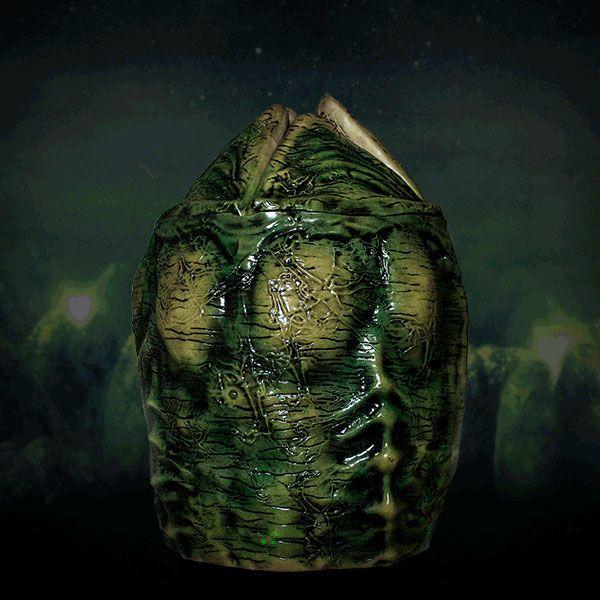 Alien Motion Activated Alien Storage Xenomorph Egg 53 cm --- DAMAGED PACKAGING