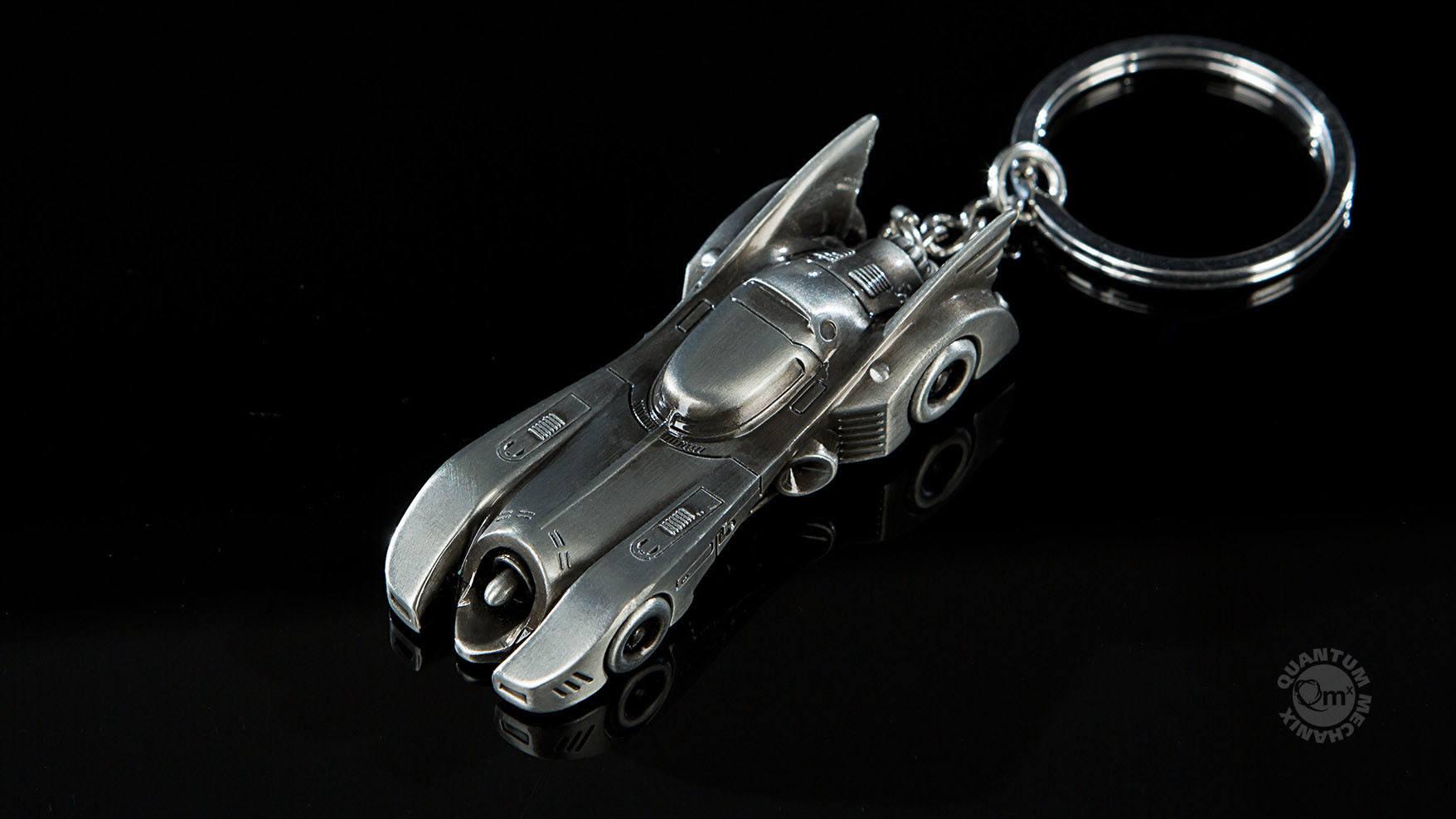 DC Comics Keychain 1989 Batmobile 6 cm